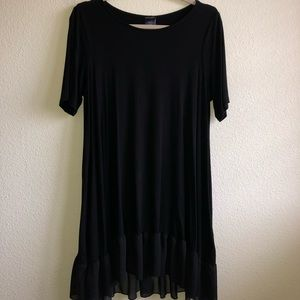 EUC Black Agnes and Dora Ruffle Tunic